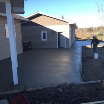 finished concrete for patio, sidewalk and driveway
