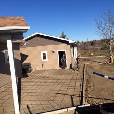 custom concrete patio, driveway and sidewalks